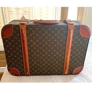 100% AUTHENTIC VINTAGE LOUIS VUITTON Luggage Bag